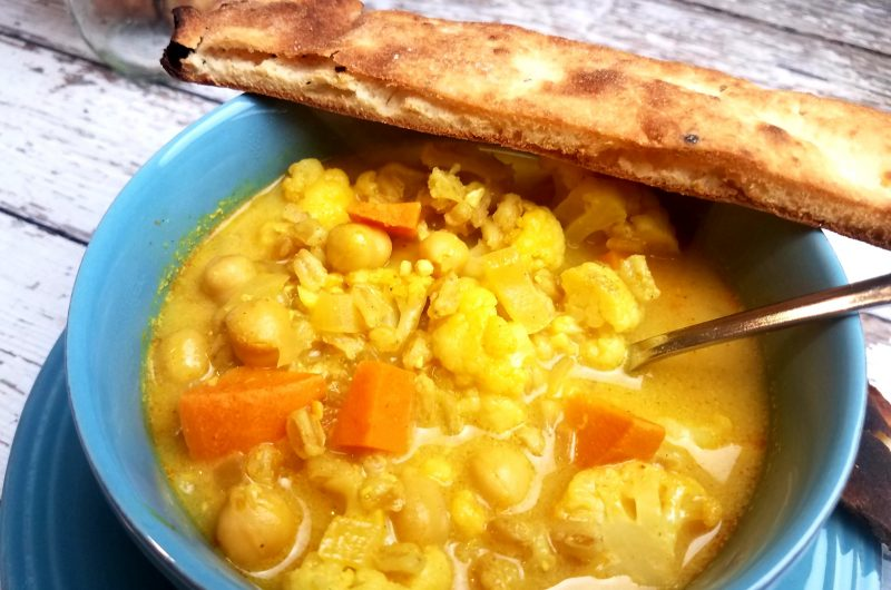 Sweet Potato and Cauliflower Curry Soup